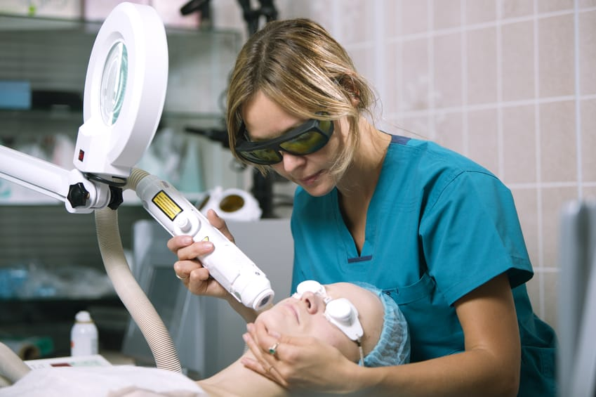 4 Facts about Photorejuvenation for Those Considering Medical Esthetics Programs