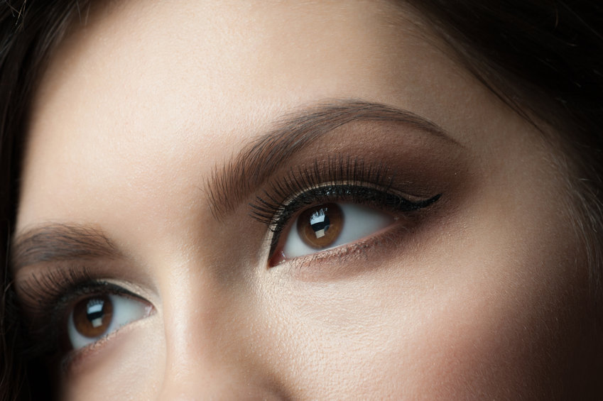 Microblading is the trendiest way to achieve bold and beautiful eyebrows
