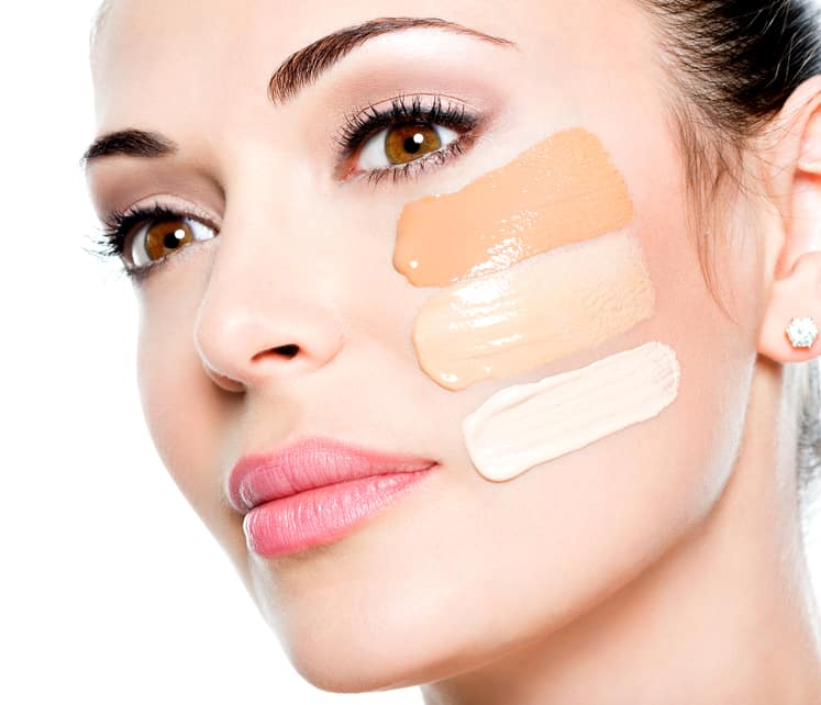 How to Determine a Client's Skin Tone: 4 Tips for Students in Makeup Artist School