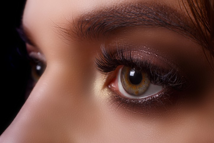 Eyelash Extension Courses: How It Affects More Than The Eyes