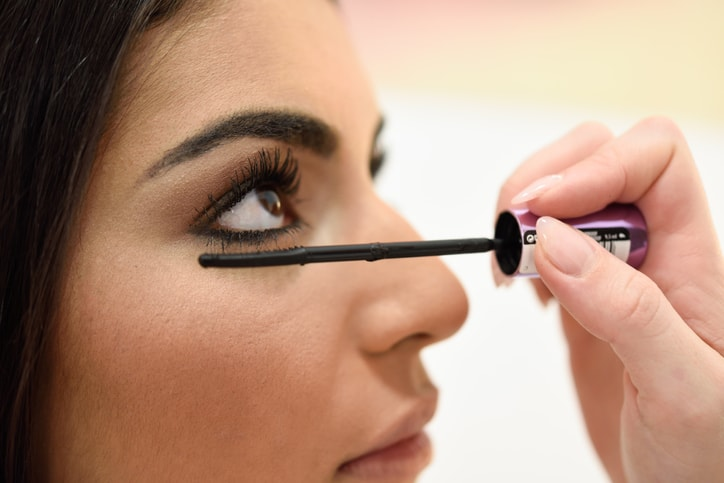 How An Eyelash Technician with Beauty College Training Can Improve A Client's Experience