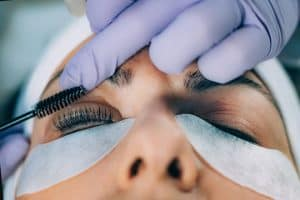 lash lift and tint being performed